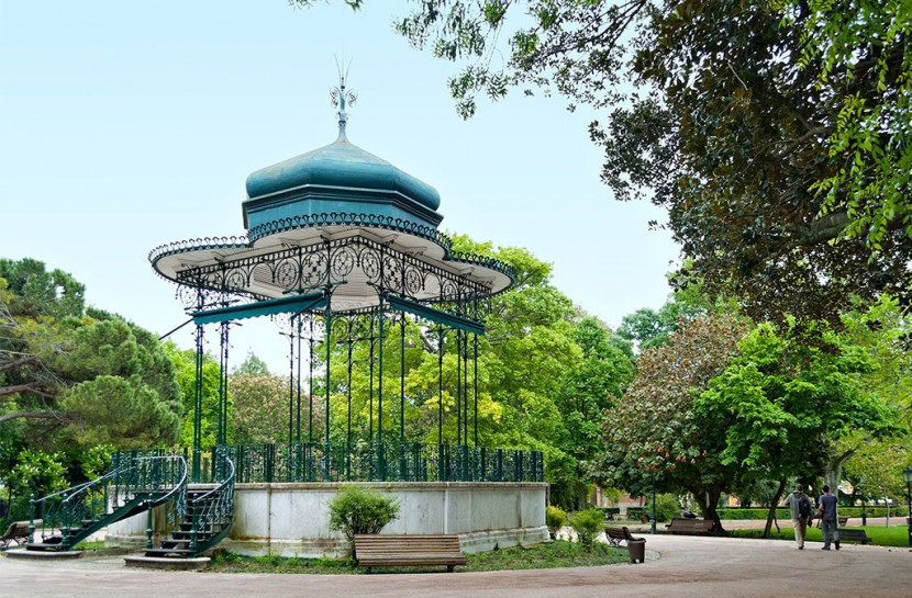 Walking Tour In The Gardens Of Lisbon | experitour.com