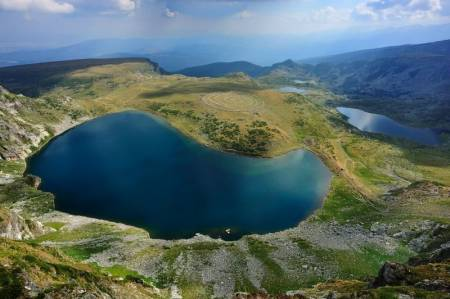 A Week-Long Hiking Trip To The Seven Rila Lakes