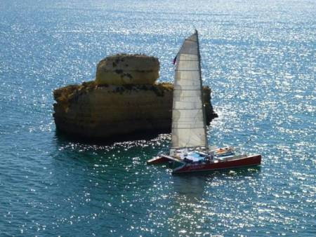 Catamaran Tour To Caves & Rocks Of Galé – From Vilamoura