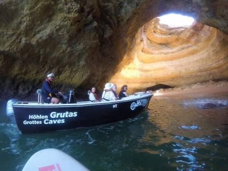 Bootstour Zur Grotte Von Benagil Von Armação De Pêra