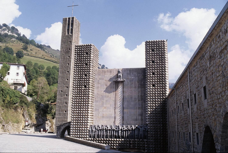 elorrio  o u00f1ati  u0026 sanctuary of aranzazu half day tour