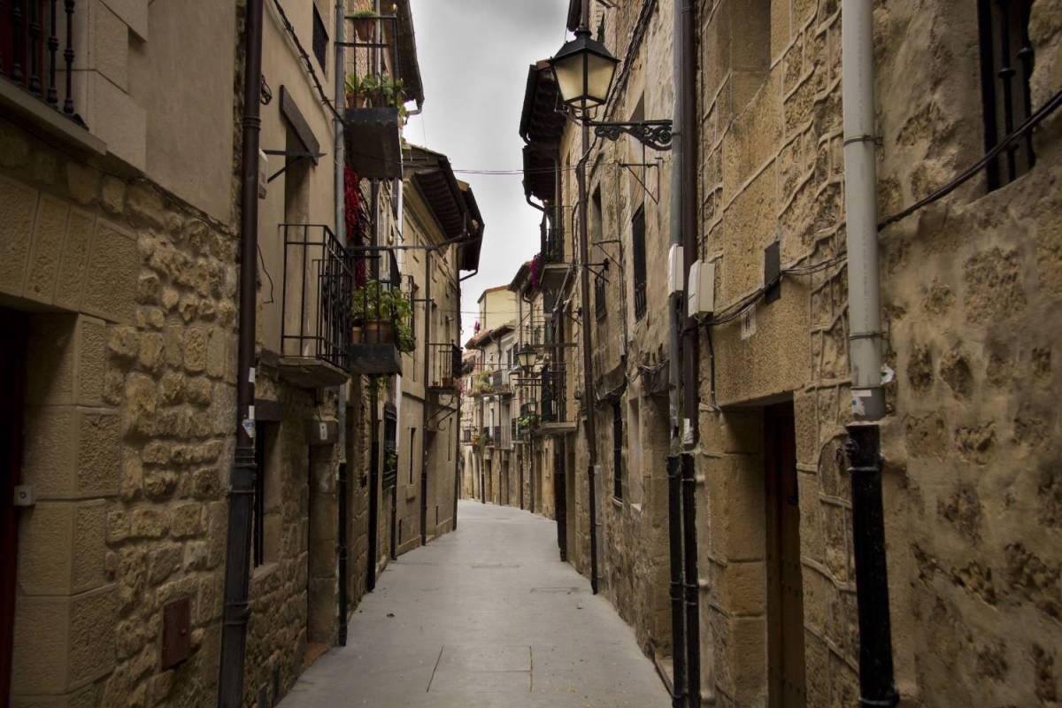 Vitoria and Rioja Full Day Tour