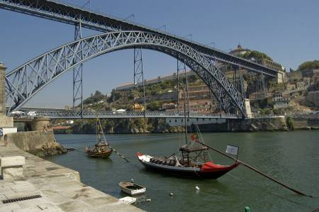 Half Day Guided Tour In Porto With Wine Tasting
