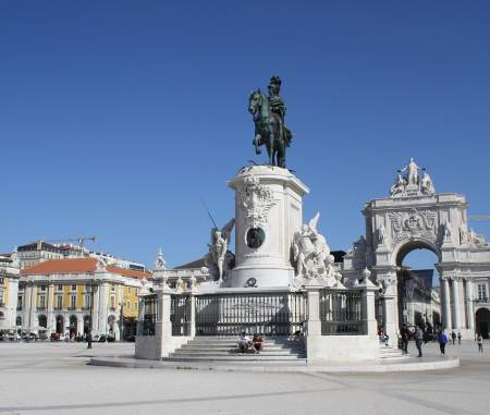 Private Lisbon Guided Walking Tour: Visit Baixa, Rossio, Bairro Alto & More
