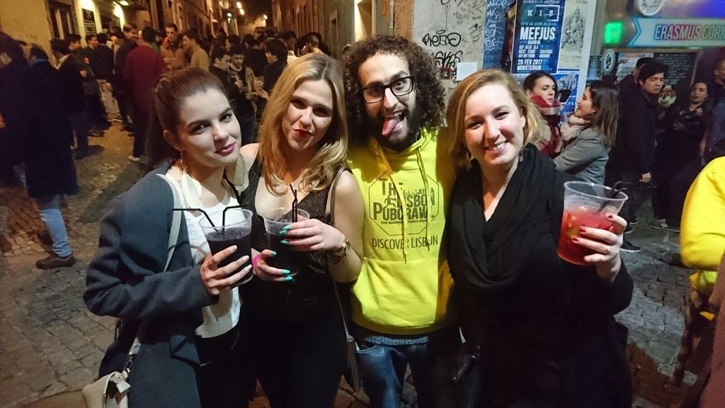 Pub Crawl In Lisbon With Local Guide