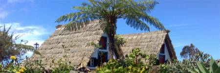 Madeira Island Ost Tour – A – Gerahmte Häuser