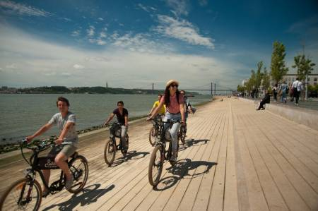 Guided E- Bike Tour Along The Tagus River In Lisbon