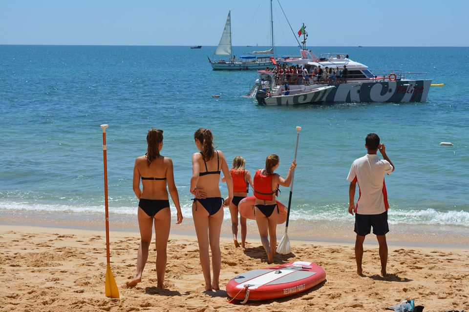 From Albufeira: Catamaran Tour To The Benagil Grottos With Barbecue On The Beach And Open Bar