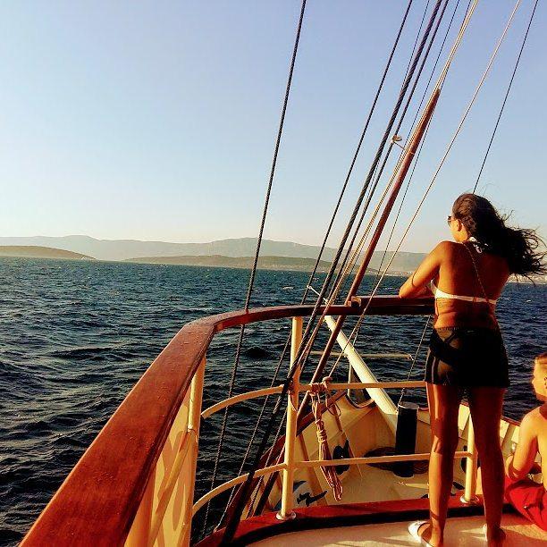 2 Hours Sunset Cruise On The Yacht Polaris In Split Riviera