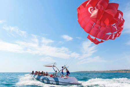Parasailing Experience In Albufeira