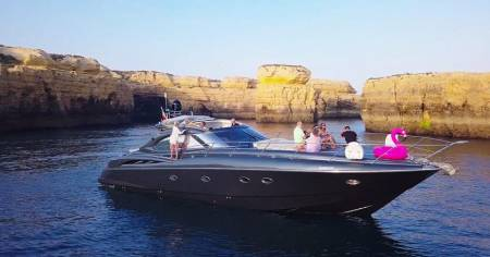 From Vilamoura: Private Cruise On Luxury Yacht To The Benagil Caves