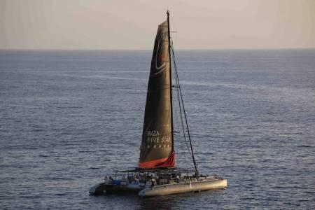 Catamaran Five Star Boat