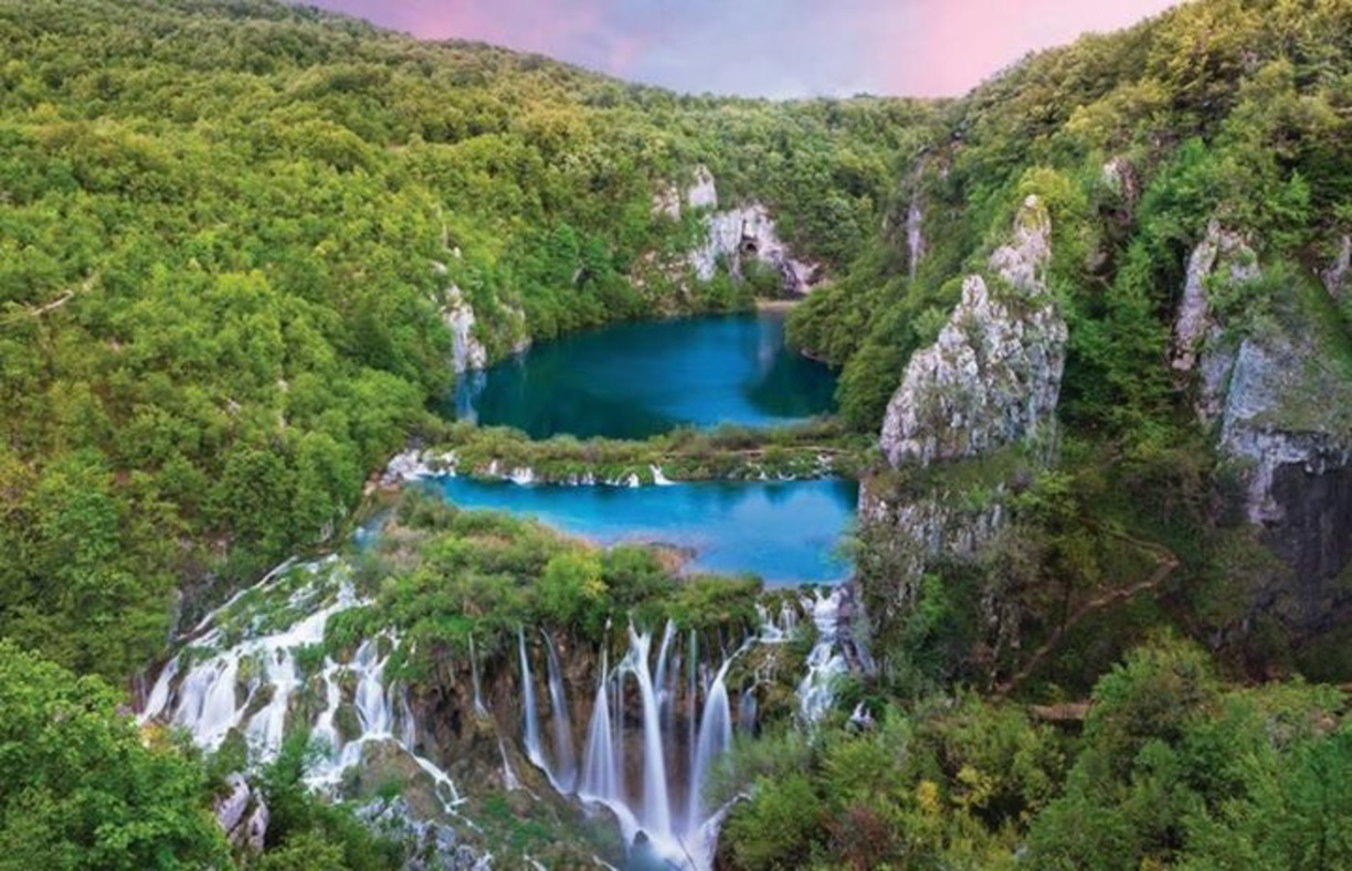 Plitvice Lakes Day Trip From Zagreb