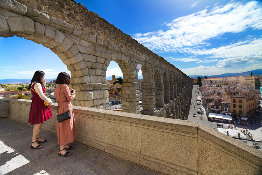 Segovia & Avila Tour From Madrid