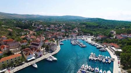 Private Boat Tour To Brac Island & Visit To Bol Beach, From Split Or Trogir