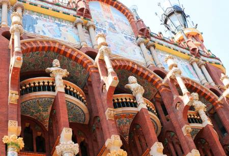 Barcelona: Guided Walking Tour In The Born District With Tapas