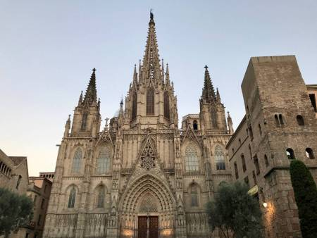 Guided Walking Tour In The Gothic Quarter Of Barcelona