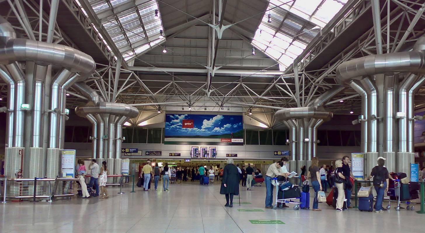 Private Transfer Lisbon Airport - Leiria