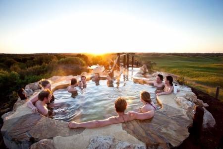 From Melbourne: Full-Day Tour To Peninsula Hot Springs