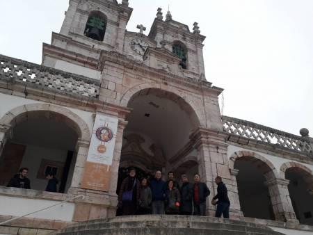 Desde Lisboa: Tour De Día Completo A Fátima, Batalha, Alcobaça, Nazaré Y Óbidos