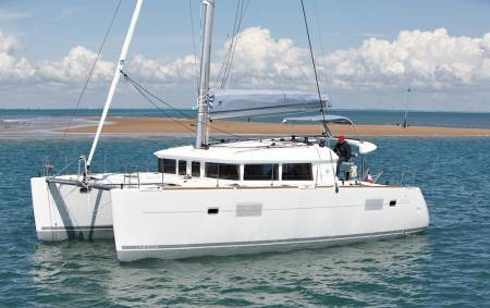 From Faro: Half Day Private Trip On Sailing Catamaran Around The Islands Of Ria Formosa