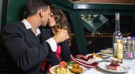 Budapeste: Jantar Ao Fim Da Noite E Cruzeiro No Rio Danúbio