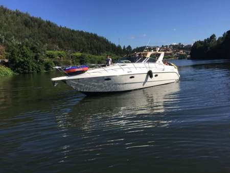 7-Hour Private Tour On Luxury Boat Along The Douro River