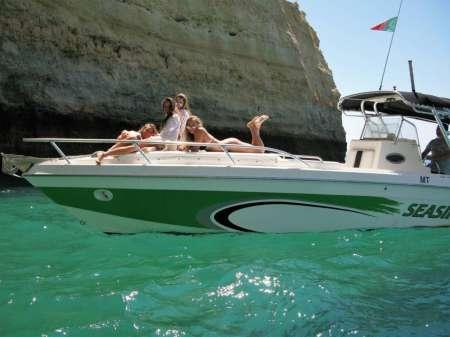 Private Tour Auf Einem Luxusboot Zur Benagil-Höhle Von Portimão