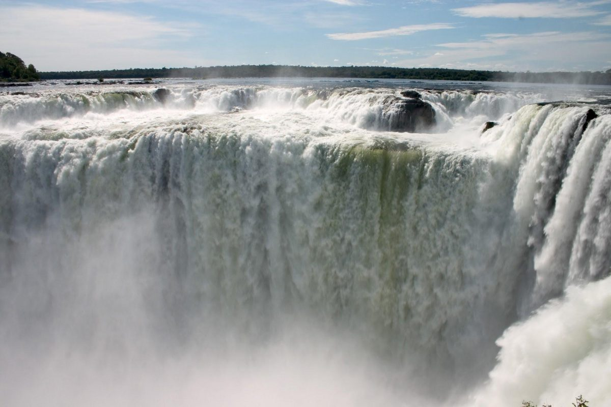 Puerto Iguazu: Small Group Excursion To Iguazu Falls In The Argentina Side With Boat Ride