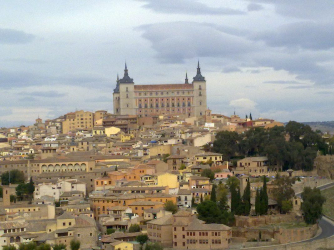 From Madrid: Day Trip To Toledo By Luxury Bus With Guided Tour
