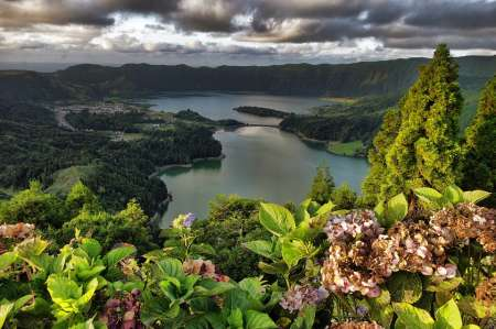 São Miguel Island: Guided Tour To The Lake Sete Cidades, Azores