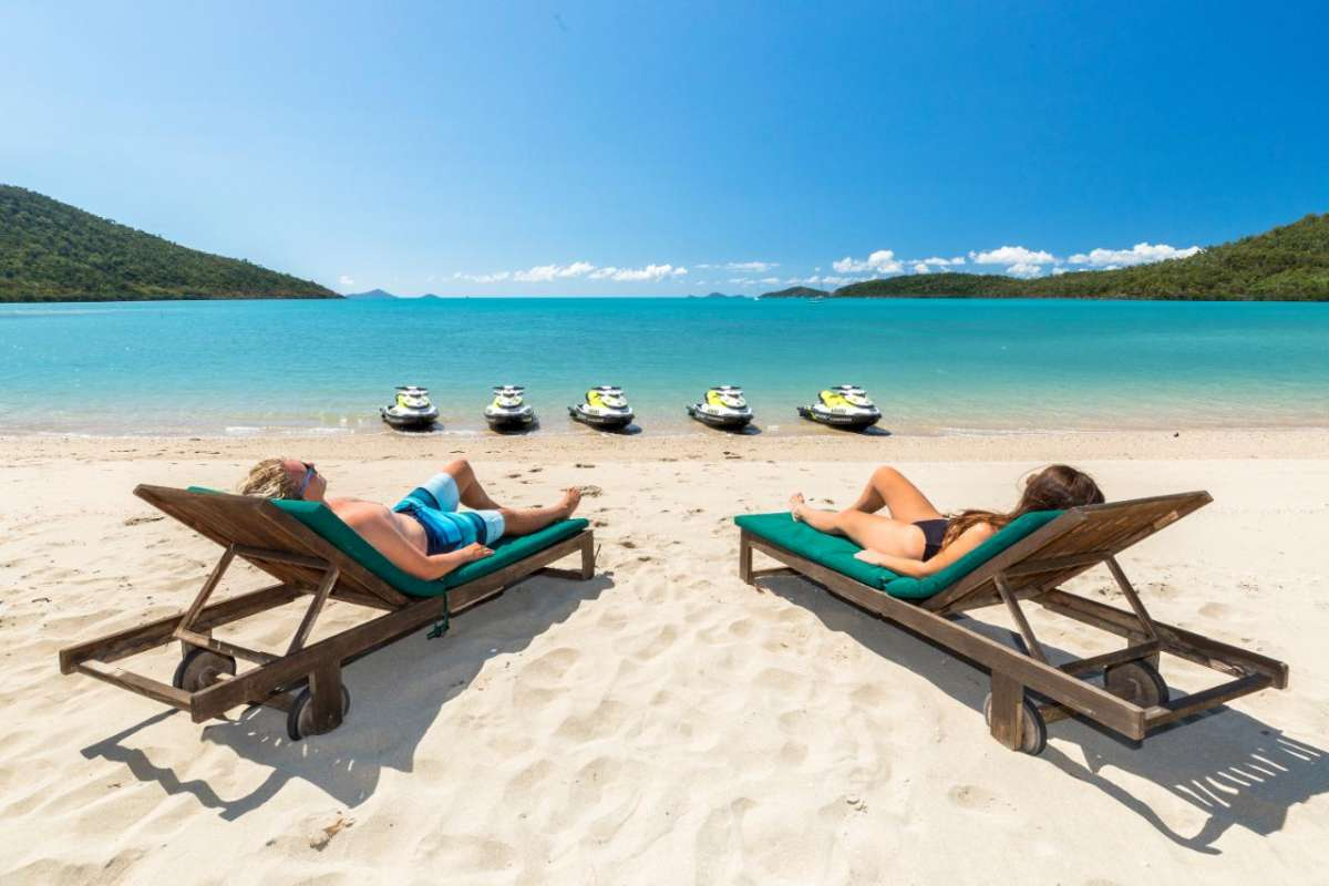 Airlie Beach: Jet Ski Tour To The Paradise Cove Resort With Brunch