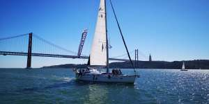 Sail over the historic sights of Lisbon discovering the best way to visit the city.