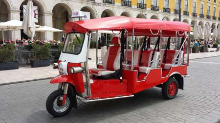 Lisbon: 2 Hours Tuk Tuk Tour About The History Of Fado With Snacks And Wine Glass