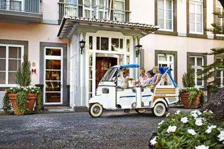 Madeira Island: Tuk Tuk Tour To Câmara De Lobos Village