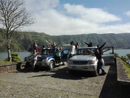 São Miguel Des Açores: Excursion D'une Journée En Jeep À Sete Cidades Et À Lagoa Do Fogo