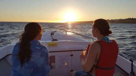 De Portimão: Passeio De Barco Ao Pôr Do Sol Na Caverna De Benagil