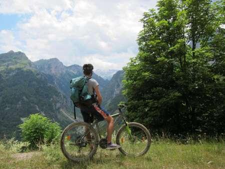 Circuit Privé À Vélo De 8 Jours Dans Le Nord De L'albanie Et Du Kosovo