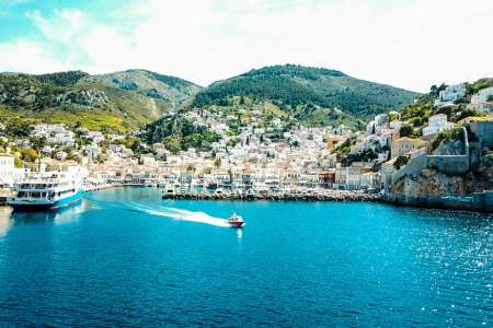 Athens: All-Inclusive Yacht Day-Trip To Islands Of Hydra, Poros, Moni And Aegina