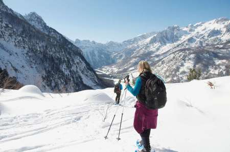 Tour De 8 Días Para Practicar Raquetas De Nieve En Kosovo, Albania Y Montenegro