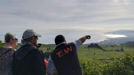 Von Ponta Delgada: Private Tour In Einem 4X4 Fahrzeug In São Miguel Auf Den Azoren