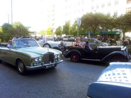 Half-Day Tour In A Classic Car In Sintra