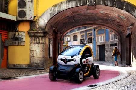 Electric Car Tour With GPS Audio Guide To The Bohemian Lisbon: Chiado And Bairro Alto