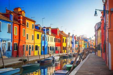 Venecia: Tour Privado A Las Islas De Murano Y Burano Con Una Copa De Vino