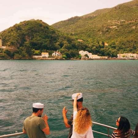 Von Setúbal: Arrábida Sunset Katamaran Cruise