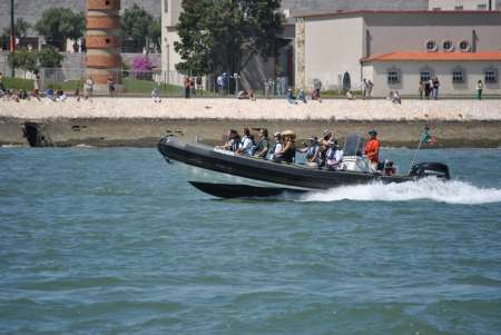 Lisbon 1-Hour Cultural Boat Tour On A Speedboat