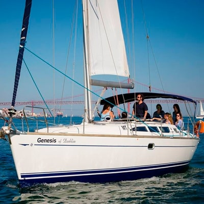 Lisbon: 2-Hour Sailboat Charter