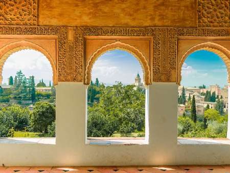From Malaga: Small-Group Guided Tour Of The Alhambra
