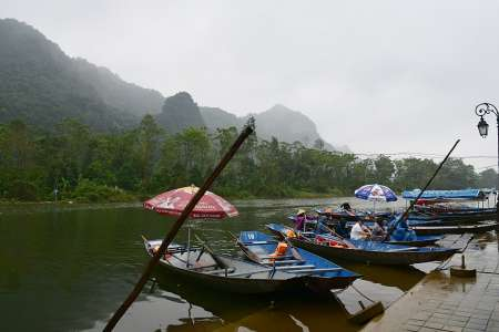 From Hanoi: Full-Day Private Tour To Perfume Pagoda With Boat Ride And Lunch