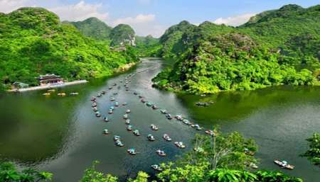 From Hanoi: Full-Day Private Tour To In Bai Dinh And Trang An
